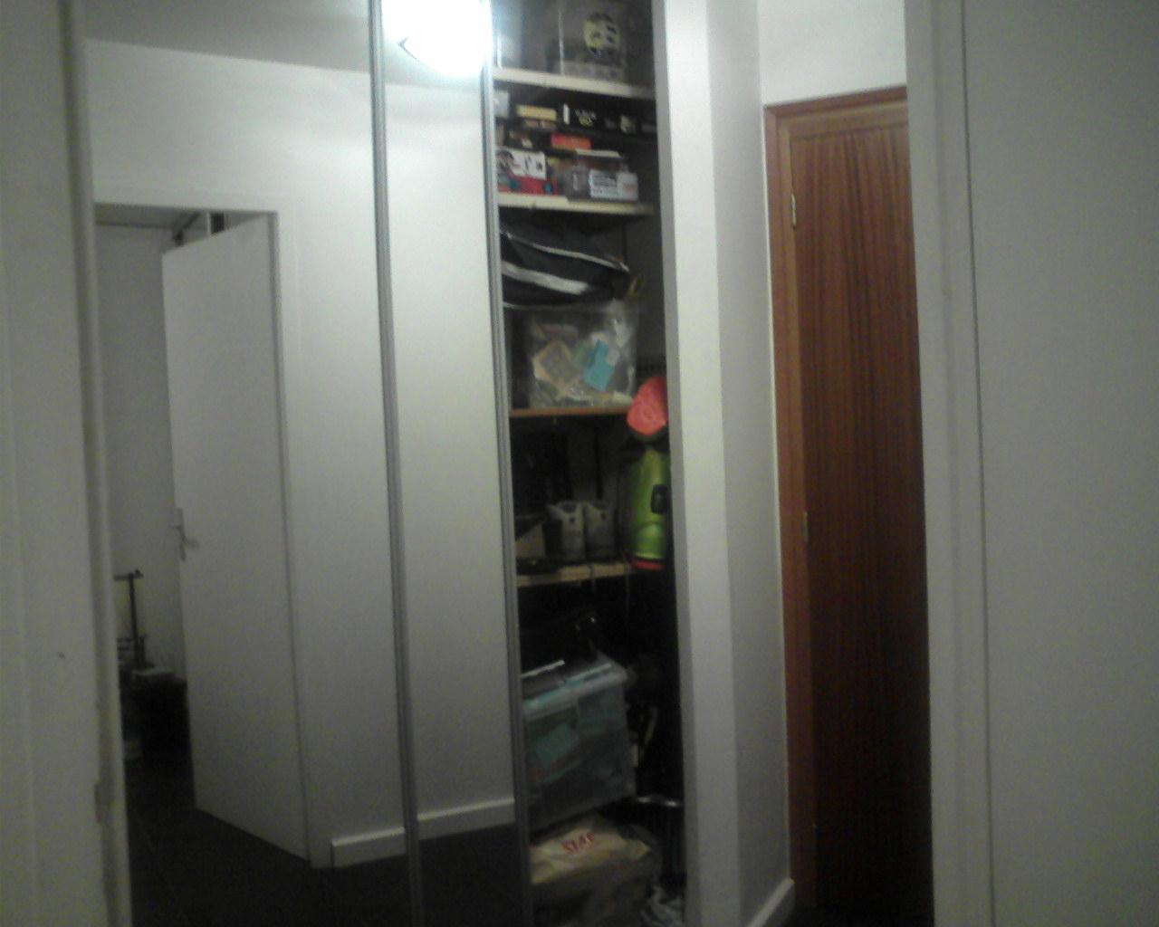 Appartement t2 vendre grenoble galerie photos placard hall - Porte entree appartement isolation phonique ...